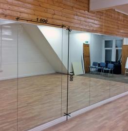 Зеркало в танцевальный зал 1800 1000 мм.