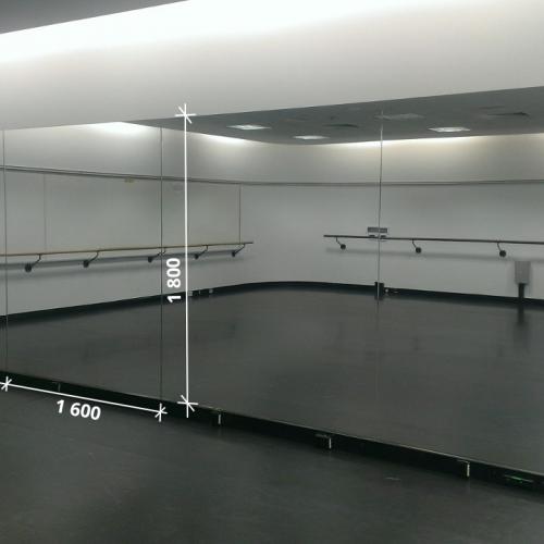 Зеркало в хореографический зал 1800 1600 мм. ( 180 х 160 см)
