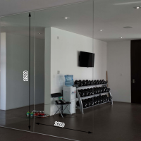 Зеркала в тренажерный зал 2200 1600 мм. ( 220 х 160 см)