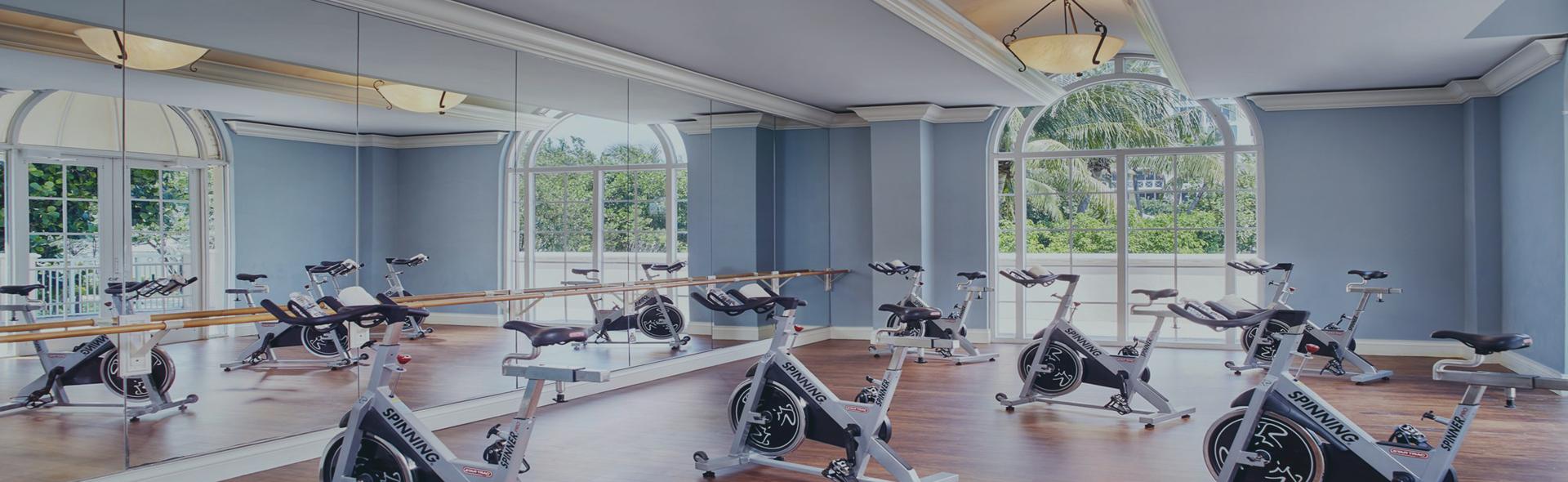 Зеркала для фитнес залов